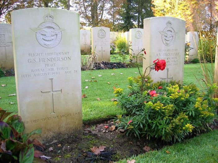 Tombes Hotton - Henderson et Urquhart